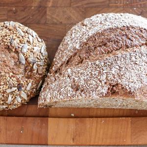 国産有機小麦100%の全粒粉オーガニックパンおまかせセット (S)